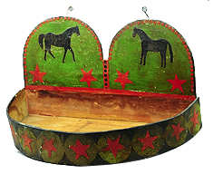 WOOD HANGING TRAY WITH HORSE THEME