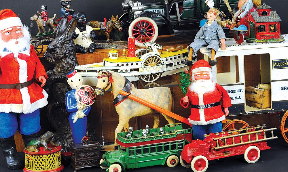 header-bertoia-auctions-basics-trolley-antique-toys-november-2020-steiff-santa-marklin-bank-cast-santa