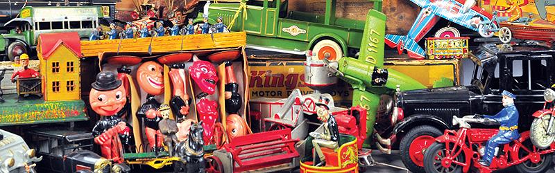 header-button-bertoia-auctions-antique-toys-2018-november-santa-claus-mechanical-bank-marklin