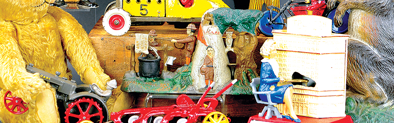 header-button-bertoia-auctions-antique-toys-2019-april-santa-claus-mechanical-bank-popeye-marklin