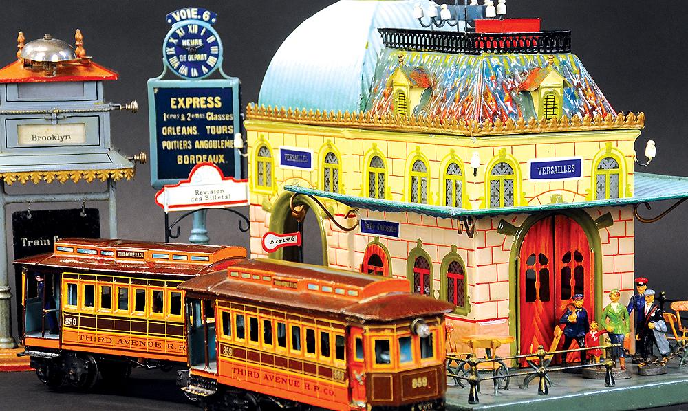 header-bertoia-auctions-antique-toys-2019-october-tony-annese-santa-claus-mechanical-bank-marklin-trains-station-battleship