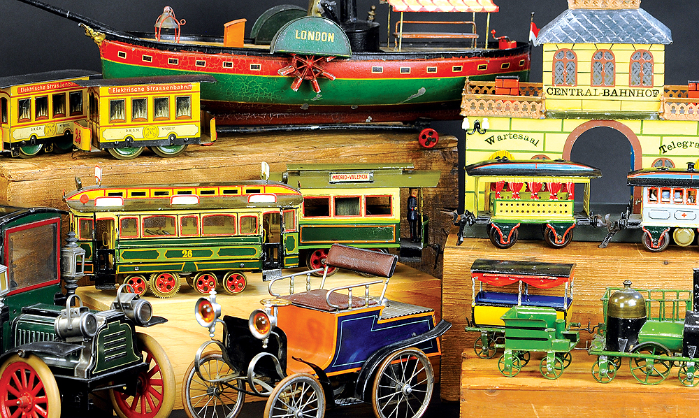 header-bertoia-auctions-antique-toys-2020-april-santa-claus-mechanical-bank-marklin-trains-ives-still-banks