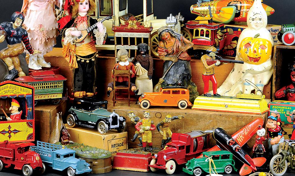 header-bertoia-auctions-trolley-antique-toys-april-2020-banks-steiff-santa-marklin