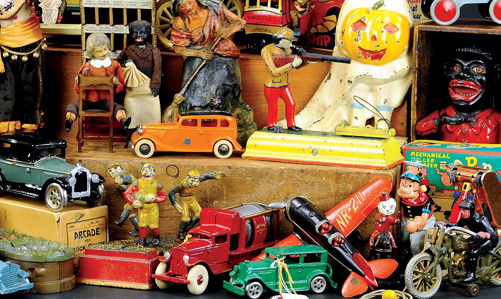header-bertoia-auctions-trolley-antique-toys-april-2020-banks-steiff-santa-marklin-bing