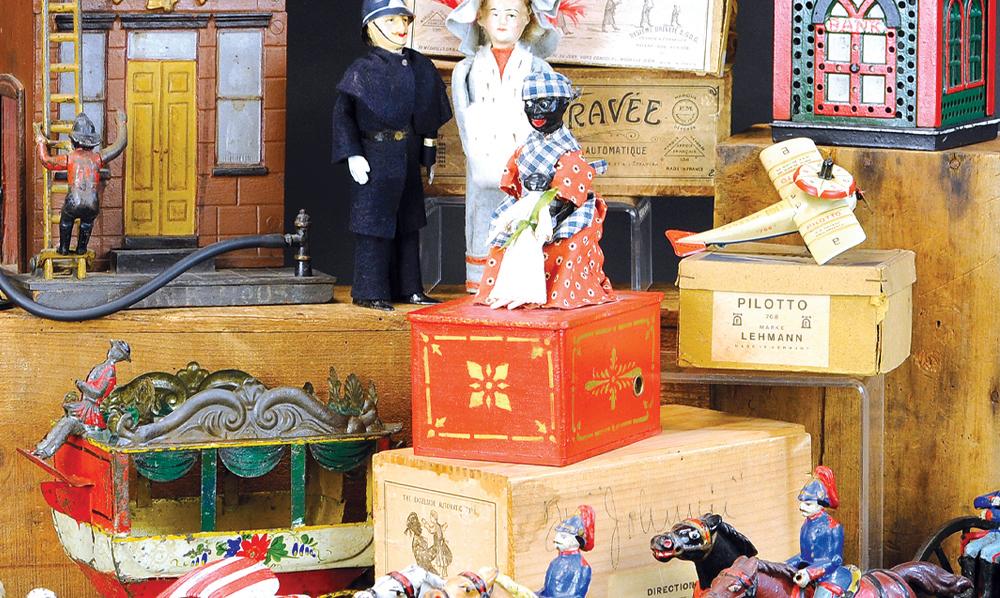 header-bertoia-auctions-trolley-antique-toys-march-2021-steiff-santa-marklin-bank-cast-iron-abby-schroeder
